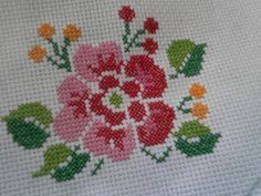 Flor marcada para una toalla. [] # # #Dishcloth, # #Cross #Stitch, # #Embroidery, # #Cross #Stitch, # #Cross, # #Flower, # #Tablecloths, # #Towel