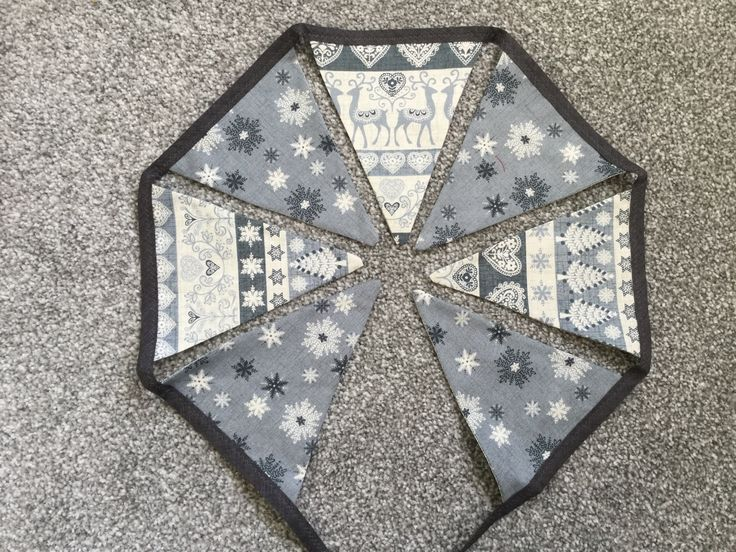 Christmas Bunting with Bells- Made by Jan - 2016-11