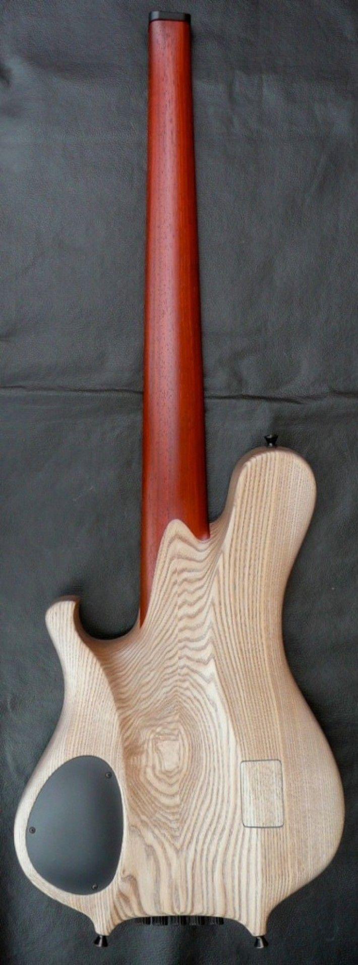 Le Fay Pangton Fan Fret 5-string headless bass