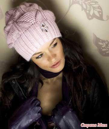 Всем приветик))))  сегодня рассматривала свою маааленькую коллекцию шапочек и беретов, которые я насобирала из разных сайтов инета... некоторые модельки связаны, проданы, подарены...