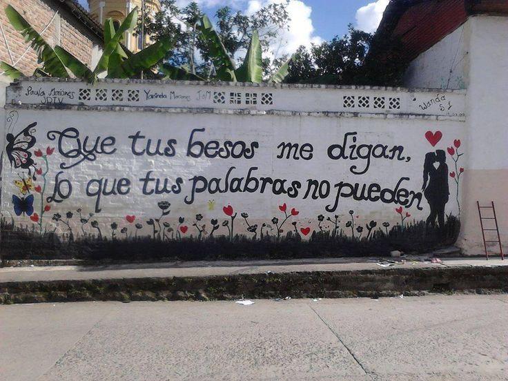 Que tus besos me digan lo que tus palabras no pueden #poetica #accion