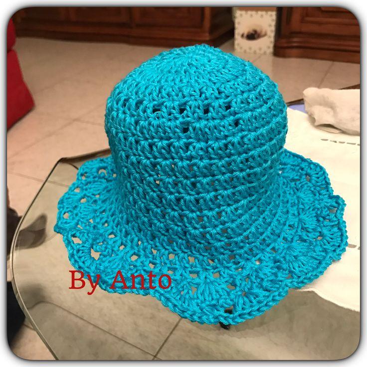 Cappellino da bambina