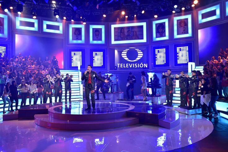 Checa las imágenes que Televisa Televisión tiene para ti acerca de la participación de la banda Pequeños Musical en Sabadazo