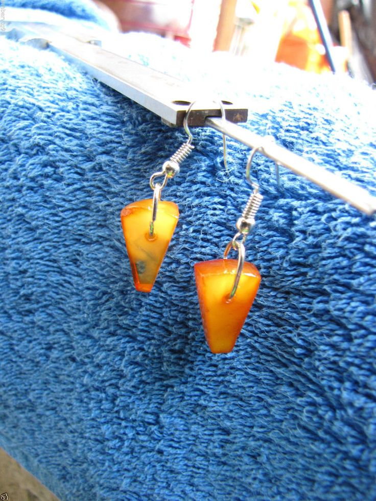 Natural Baltic amber 2 gr earrings yellow 琥珀 women fashion jewelry triangle #HandMade