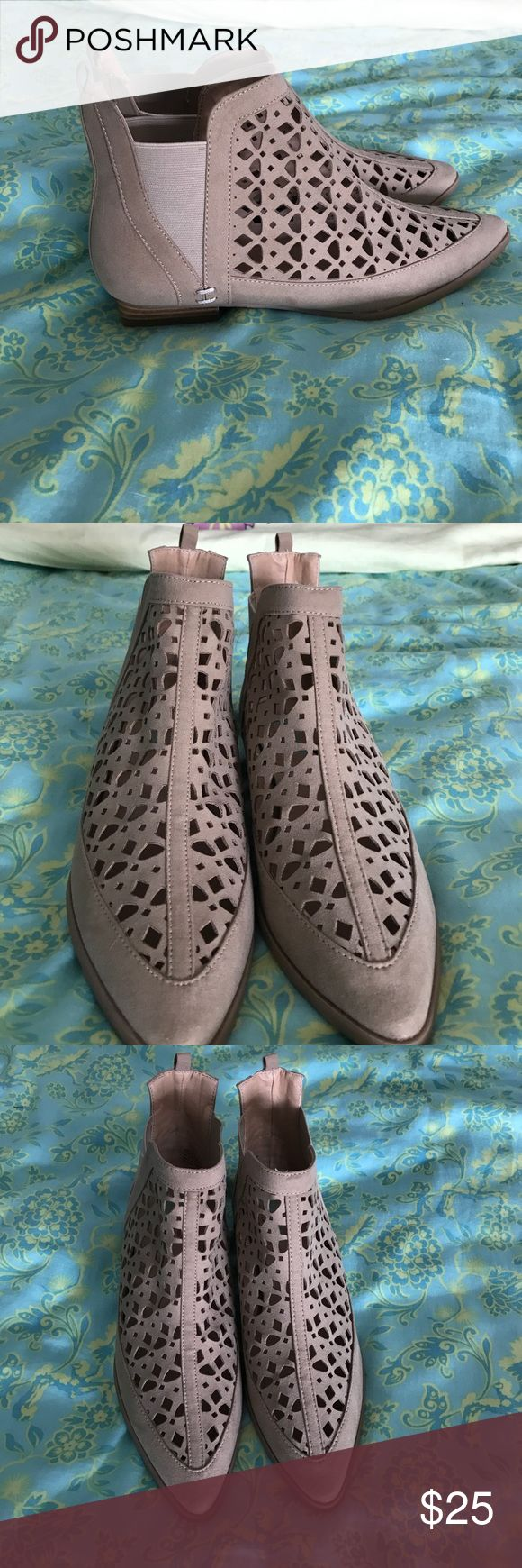 Tan/beige ankle boots - size 8.5! Never worn! Tan/beige ankle boots - never worn - size 8.5. Very cute style! plume Shoes Ankle Boots & Booties