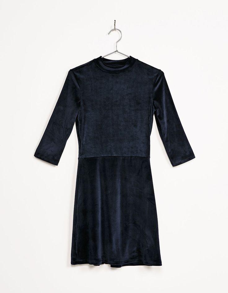 Vestido manga 3/4 terciopelo línea A - Vestidos - Bershka España