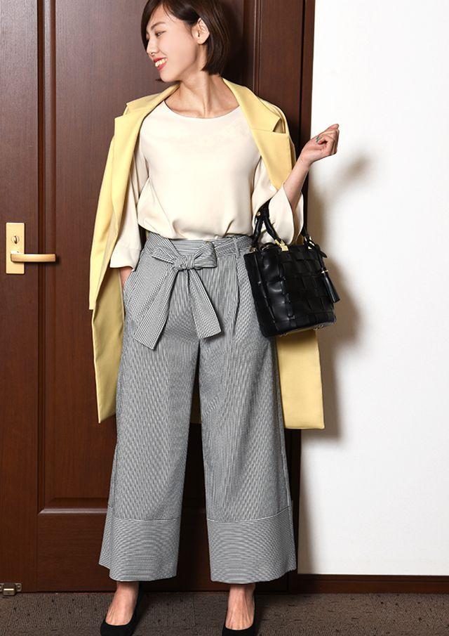 【HB057004】 ダブルクロスフレアスリーブプルオーバーブラウス【HB057004】 リッチでトレンド感のあるフレアスリーブのプルオーバー。 分量たっぷりのフレア袖がほっそり華奢に魅せ、パステルカラーと合わさってやわらかな女性らしい抜け感を演出。 身頃もたっぷりとしたデザインで、スタイルカバーも期待できる優秀アイテム。 シンプルな無地なので、柄ボトムとの相性も◎