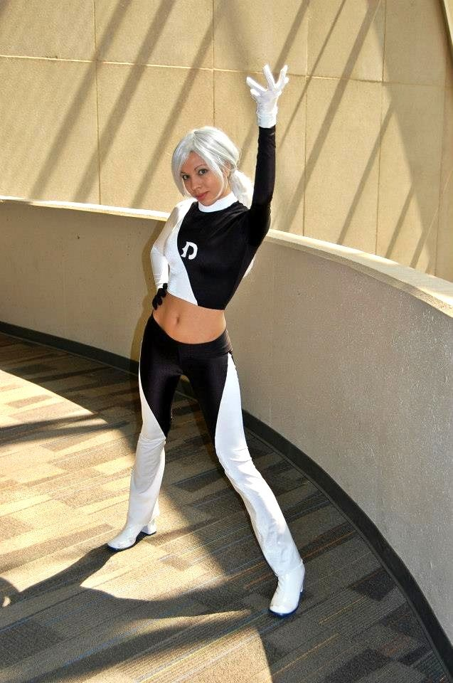 Dani Phantom: Going Ghost! by MomoKurumi on DeviantArt