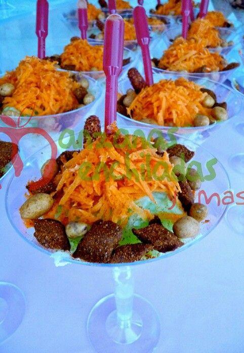 Copa de jicana pepino y zanahoria con picoso