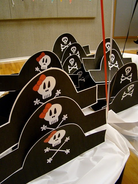 Printable pirate hats http://befickle.blogspot.com/2011/01/pirate-parrrty.html