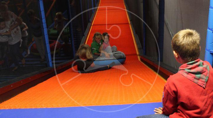www.eliplay.eu uploads images producten 99 vcs-indoor-speeltuin-leverancier-producent-donutglider-2_720_400_1.jpg