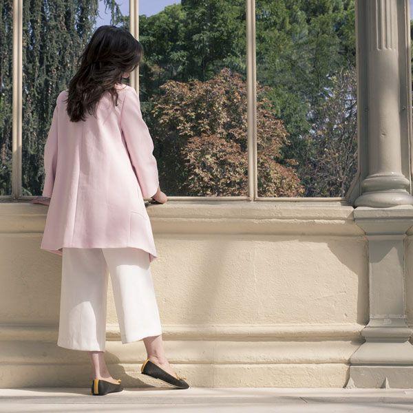 A parte de ser planos, ¿pueden ser bonitos, estilosos y elegantes? Por supuesto que sí. Un claro ejemplo de valores, inspiración y elegancia son las Mislitas Juana. Inspiradas, como no, en la grandiosa Juana de Arco, ¡toda una heroína de la que debemos tomar nota! #slippers