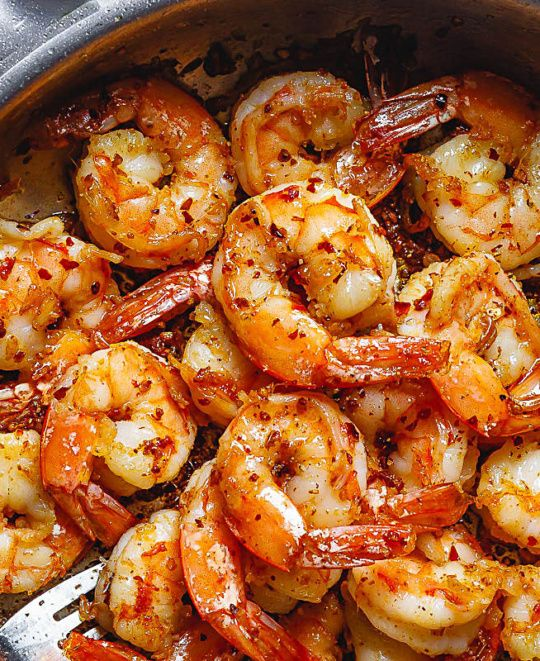 Cajun Shrimp Skillet - Spice up your dinner with these cajun spiced shrimps