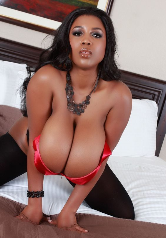 Maserati as the sexy housewife busty cleavage bigtits hugebreast naturaltits