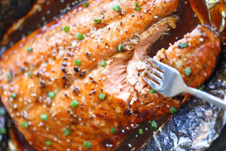 Une délicieuse recette de saumon à l'asiatique sur le BBQ ! C'est super facile !  #saumon #barbecue #marinade