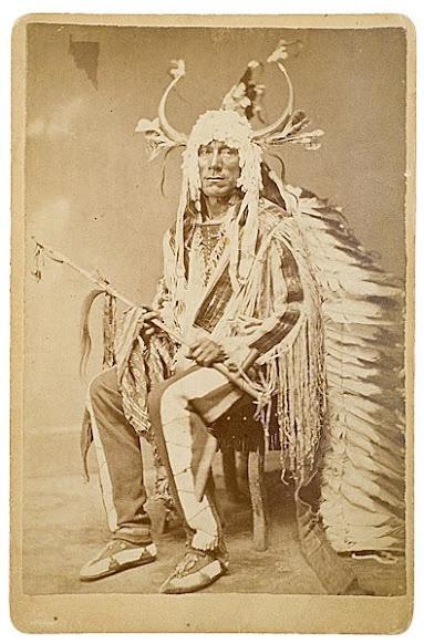 Wa-Shu-Na-Koo-Ra (aka Rushing War Eagle, aka War Eagle, aka Charging Eagle, aka He Who Follows The Eagle, aka Bad Gun) the son of Four Bears - Mandan - no date