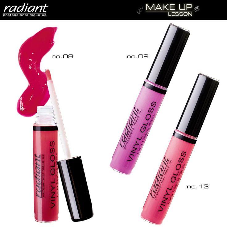Vinyl Gloss Long Lasting Gloss| Radiant Professional Make Up Τα ζουμερά χείλη πάντα σε προκαλούν! Το Vinyl Gloss Long Lasting Gloss χαρίζει διάφανο χρώμα, υγρή λάμψη και πλούσιο εφέ όγκου με μεγάλη διάρκεια. #Radiant #Professional #gloss #lips #makeup