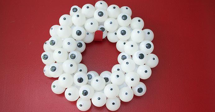 Googly Eye Halloween Wreath Diy Crafts Crafts Halloween Wreath