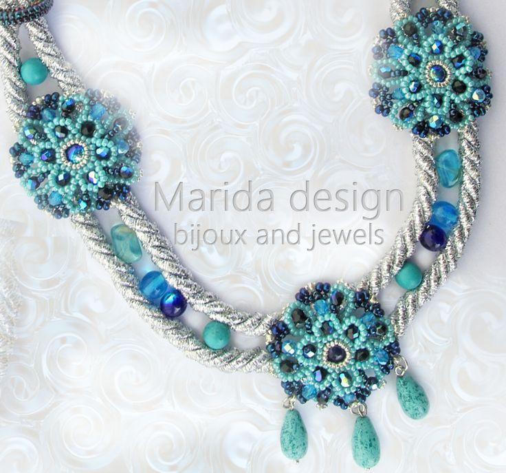 """""""Rapsody in Blue"""" necklace/collana postata da """"Vogue Accessory"""" sulla propria pagina Facebook"""