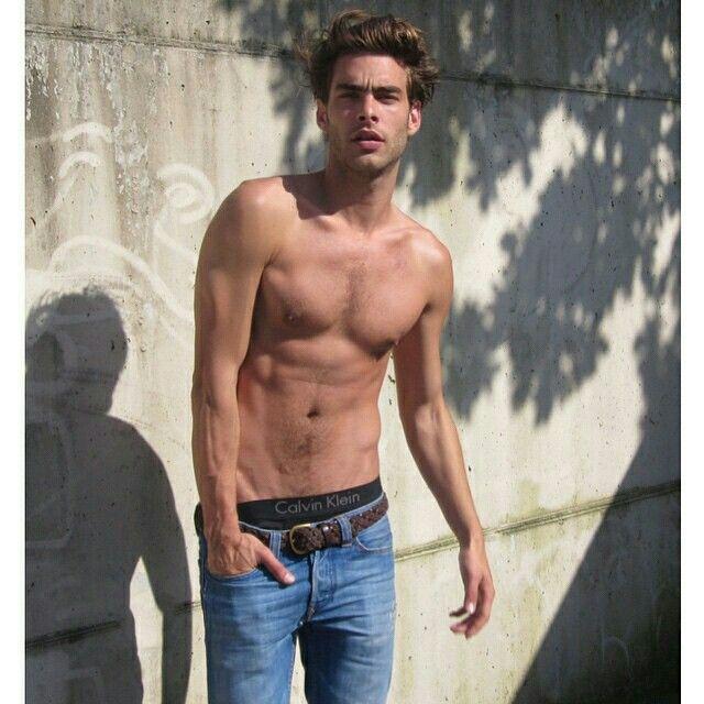 Jon Kortajarena model actor