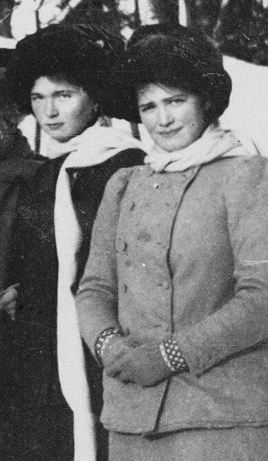 Olga and Maria Romanov