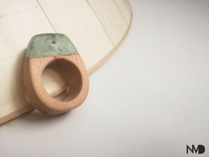 Biżuteria z drewna. Pierwszy pierścionek z drewna i żywicy. Pierwsze kroki.