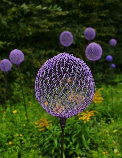 Funky Garden Art Purple Chicken Wire Globes Must Do