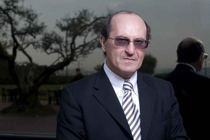 "Giovanni Di Stefano - an English businessman and convicted fraudster of Italian origins. He has been involved in legal cases for high-profile notorious defendants worldwide; he has no legal qualifications and is not registered to work as an advocate in the UK or Italy. He has been referred to as ""The Devil's Advocate"" for his advocacy on behalf of such claimed clients as Saddam Hussein and Slobodan Milošević"