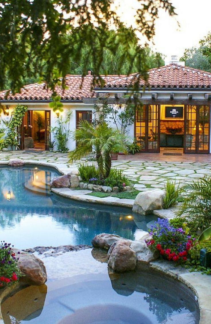 Romantic Luxury Cabana Rental With Pool In Santa Barbara County California Backyard Pool Designs Small Pool Design Backyard Pool