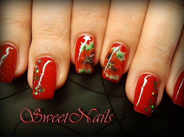 335 best Holiday Nail Art images on Pinterest | Holiday nail art ...