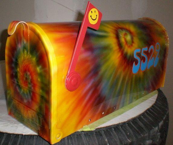 tye dyed mailbox