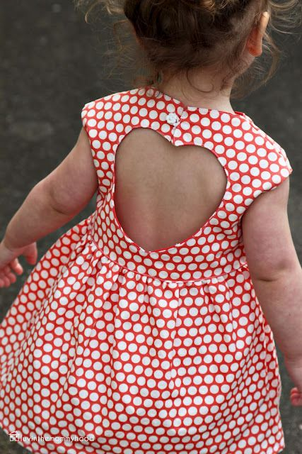 sweetheart dress tutorial - This with Pink & White polka dot fabric