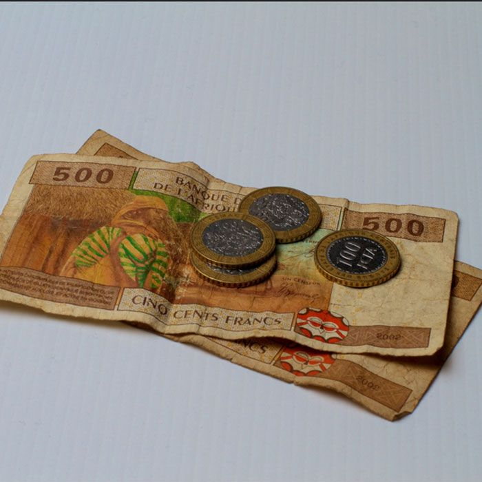 CAMEROUN :: 250.000 F.Cfa pour le visa :: CAMEROON - Camer.be