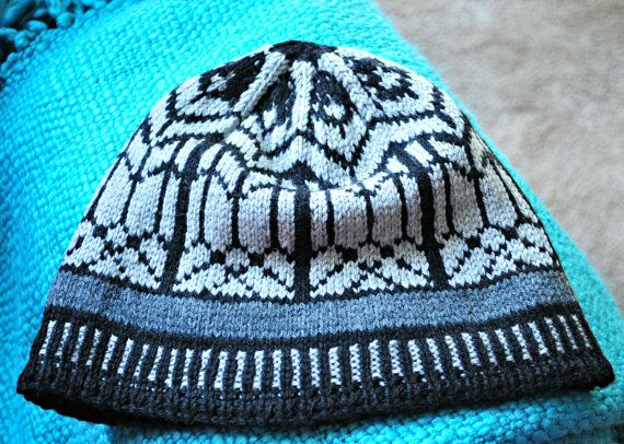 Hand-Knit Men's or Women's large New Zealand Merino