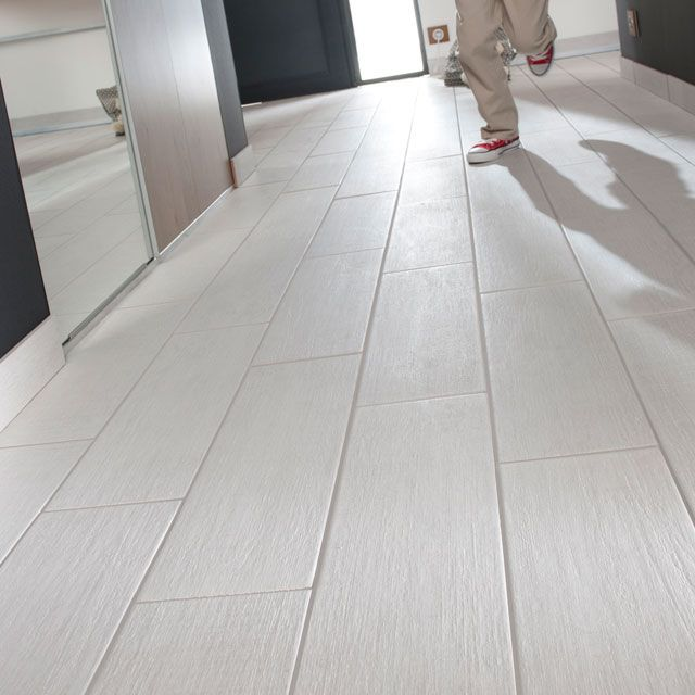 Carrelage sol organic wood effect 15 x 50 cm castorama for Carrelage interieur blanc
