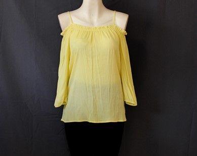 Viste #coqueta con esta hermosa #blusa #amarilla
