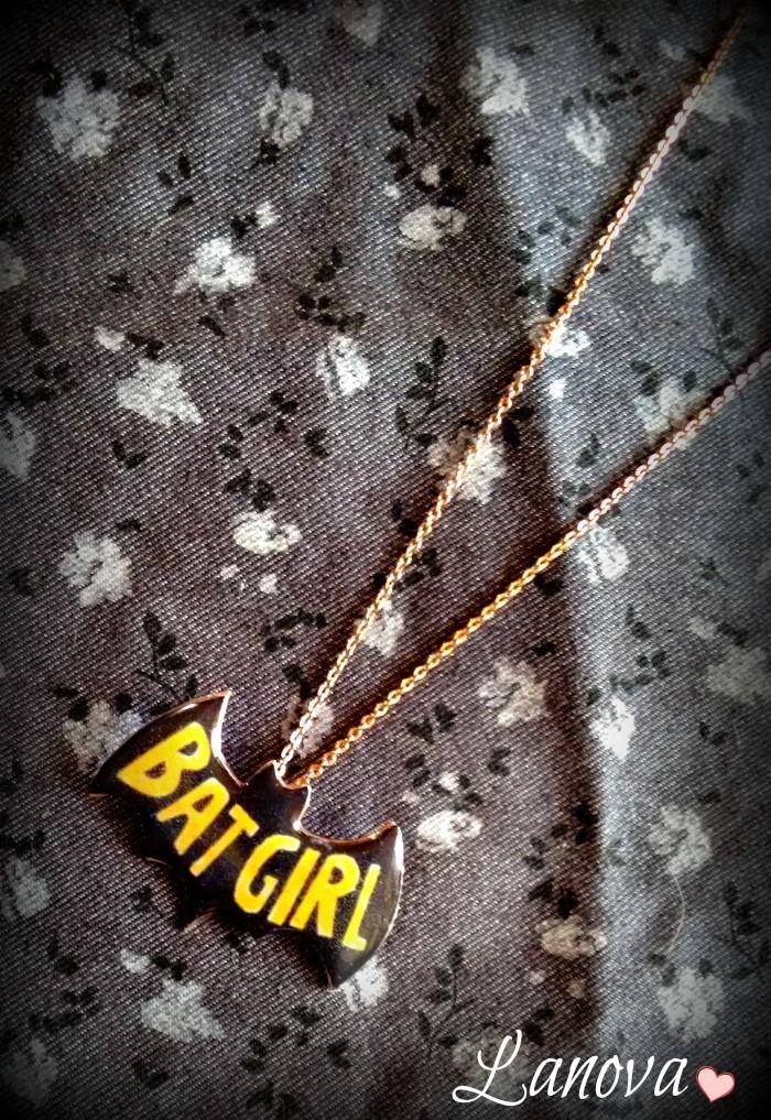 Collar BatGirl Coleccion Ilustrate de Lanova Joyas y Accesorios https://www.facebook.com/lilasweetaccesorios