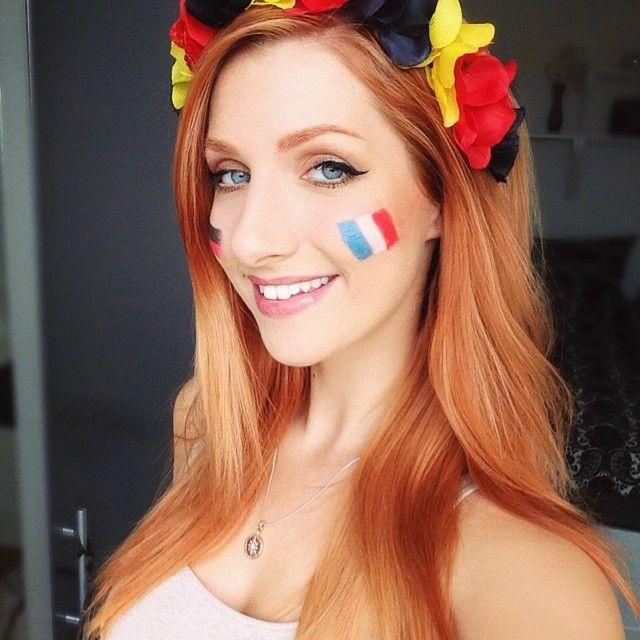 Singer / Actress / Germany / German / Streamer / Username: LaraLoft