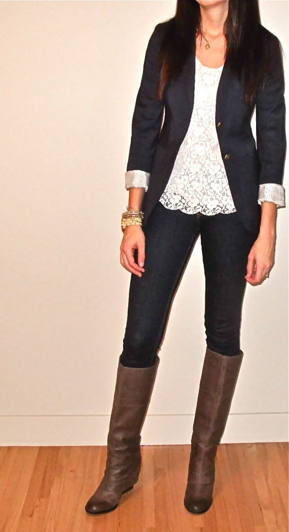 Navy blazer, white lace top, dark skinny jeans and talk brown boots.