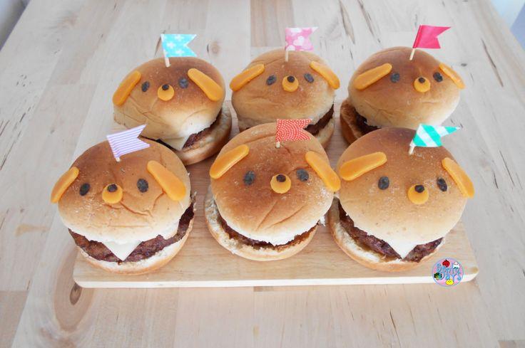 Decorating Shaped Animal Mini Cakes