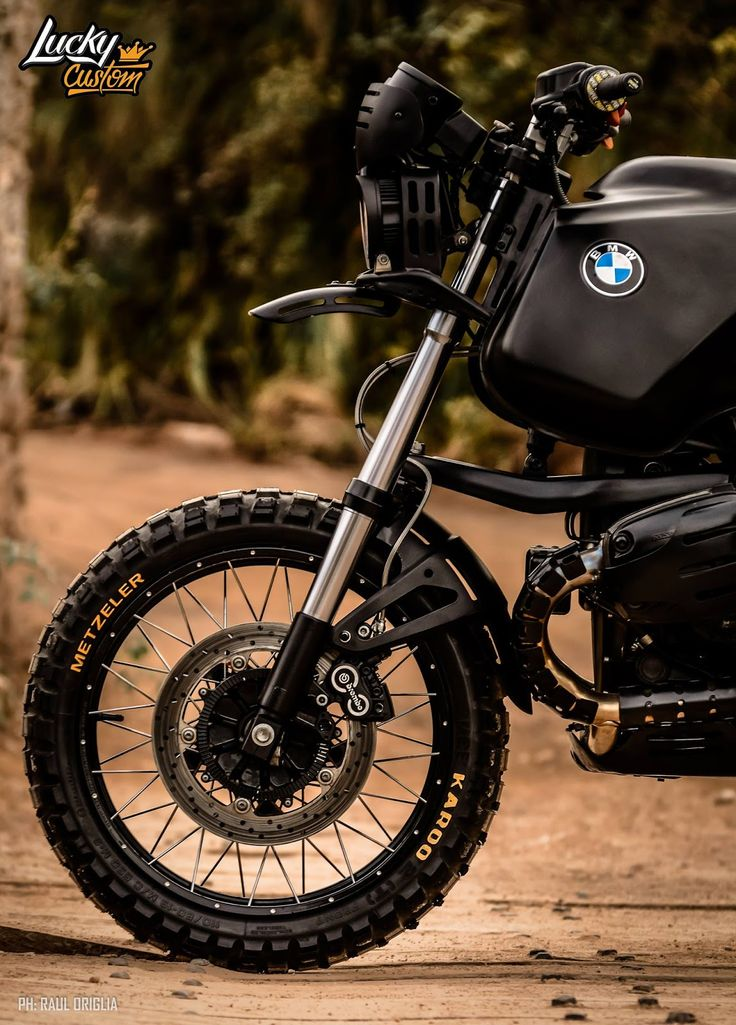 """""""The King"""" - BMW GS 1150 with a complete redesign ..."""