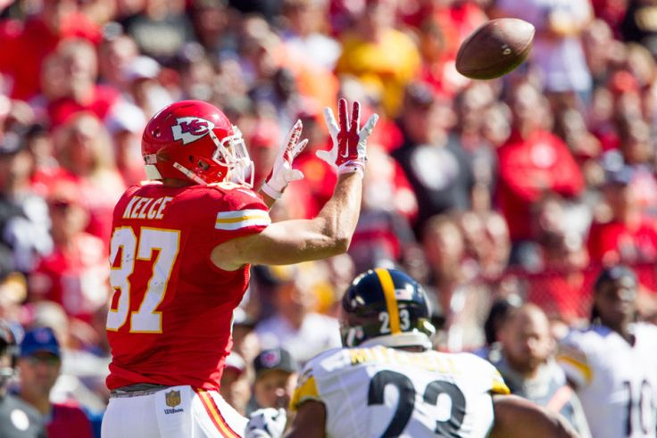 Harkins: Travis Kelce's image will take a hit with TV  = Kansas City Chiefs tight end Travis Kelce is a promising young player in the NFL. He's got talent, looks and personality. Therefore, it only seems fitting that he should have his own reality show.  The show, titled Catching Kelce, will air on E!, which has ordered eight episodes.  The details came today, via deadline.com.....
