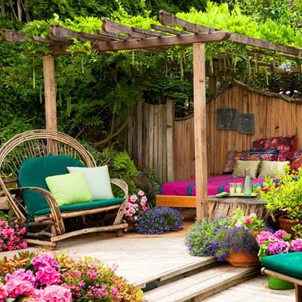 LOVE, LOVE, LOVE!!!_Love the colors, the outdoor bed...the casual simplicity but the power punch!