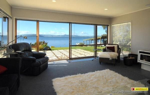 Rotorua Holiday Home Rental - 4 Bedroom, 3.0 Bath, Sleeps 8