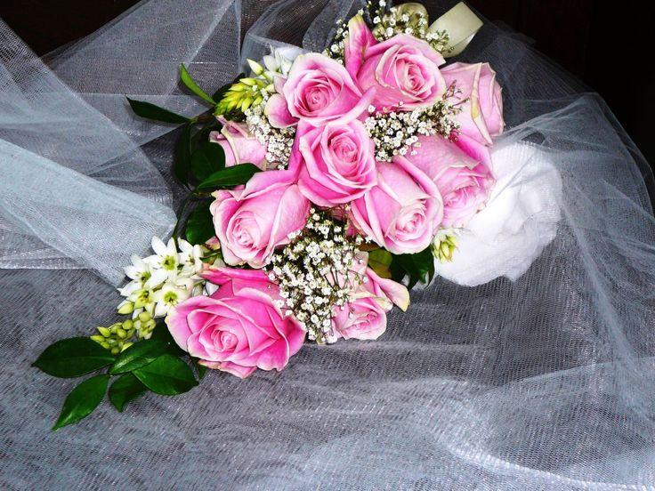 Ramo americano de rosas rosadas.