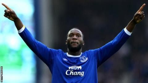 Romelu Lukaku has spent four seasons at Everton scoring 81 goals in all competitions  Everton's Romelu Lukaku has emerged as a candidate for Manchester United as Jose Mourinho's wait to sign a striker goes on.  The  24-year-old was on a list of forward options Mourinho gave to executive  vice-chairman Ed Woodward before the end of last season. It had been thought Lukaku who scored 25 Premier League goals last season would rejoin his former club Chelsea. However United now feel it is possible…
