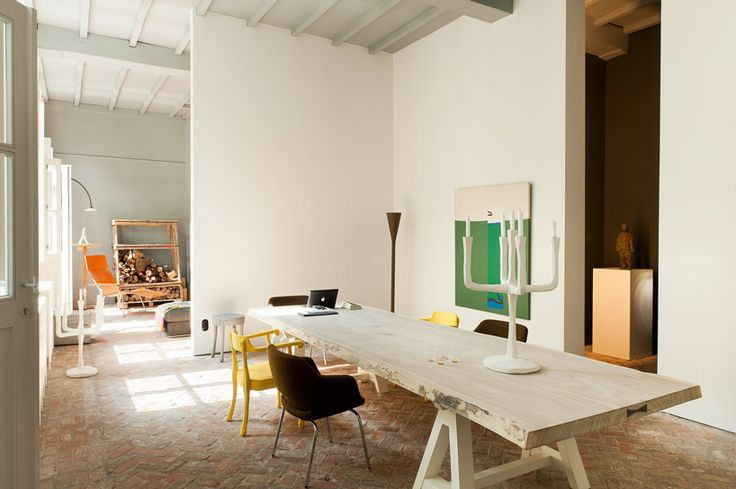 Méchant Design: The house-gallery of Valerie Traan