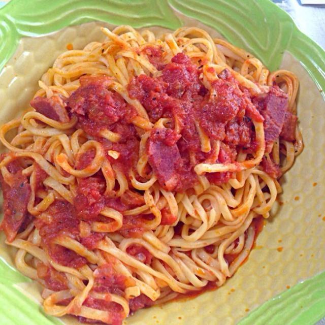 休日の夕食 - 1件のもぐもぐ - 生リングイーネを使った鴨肉のトマトソーススパゲッティ by pineapplepapa
