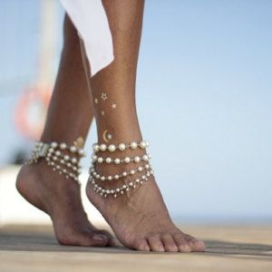 Ivy white or ivory pearls beach wedding barefoot sandals, bangle,cuff, wedding anklet,barefoot sandal,ankle cuff,boho sandal