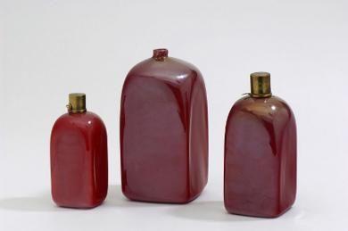 carlo-scarpa-drei-flaschen-opakglas-k.jpg (390×259)